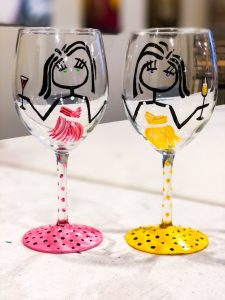 wine glass painting, sip & paint, wine glass sip & paint, bars, local activities, paint parties, BYOB